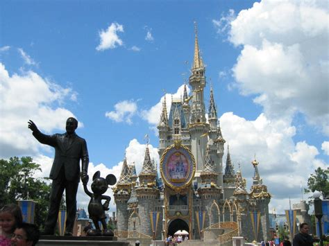 17 Best Images About Family by Visiting Walt Disney World With An Autistic Child