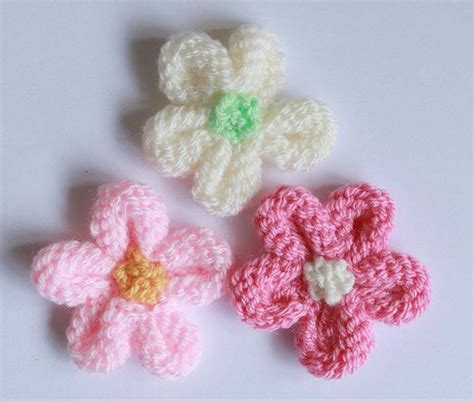 knitted flower the 25 best knitting projects ideas on