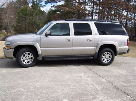 how to fix cars 2004 chevrolet suburban 2500 user handbook service manual how to learn about cars 2004 chevrolet suburban 2500 electronic throttle control