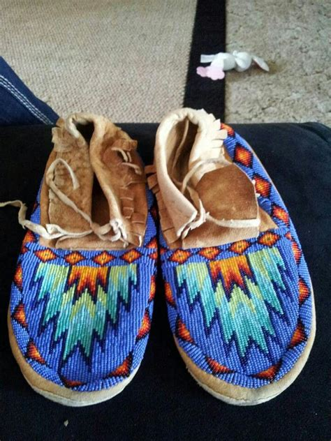 moccasin beading designs beaded shoes american beadwork