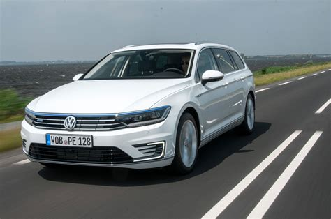 volkswagen passat gte estate hybrid review pictures