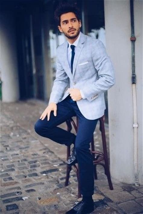 wearing lights 25 best ideas about light blue suit on groom