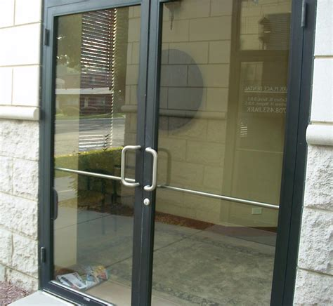 glass door commercial glass storefront doors chicago il central glass
