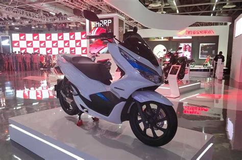 Pcx 2018 Electric by Honda Pcx Electric At Auto Expo 2018 Price Launch Details