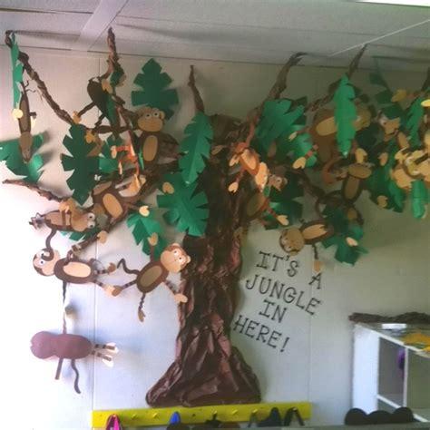Jungle Crafts Monkey Tree