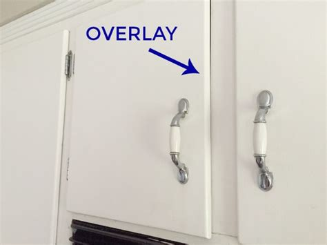 overlay kitchen cabinets inset vs overlay cabinets distinctive cabinets
