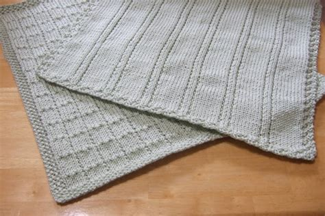 easy knit baby blanket knitting patterns galore simple lines baby blankets