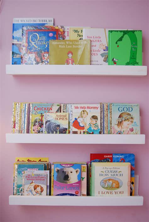 preschool bookshelves diy bookshelves family crafts