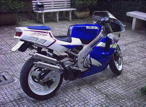 Suzuki Rgv 250 by Suzuki Rgv250 Suzuki Wiki Motorcycles Catalog With