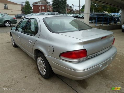 2000 Chrysler Cirrus Lx by Bright Silver Metallic 2000 Chrysler Cirrus Lx Exterior