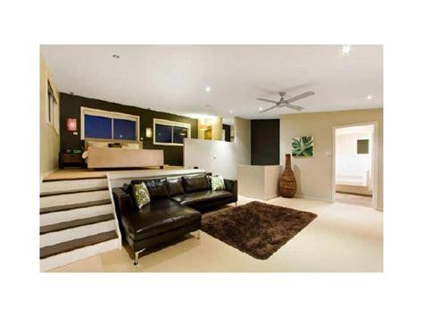 split bedroom design 1000 ideas about master closet layout on