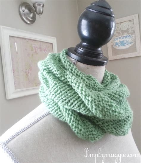 how to make a knit scarf knit infinity scarf simplymaggie