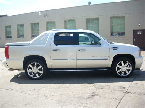 2008 Cadillac Escalade Ext by 2008 Cadillac Escalade Ext Photos Informations Articles