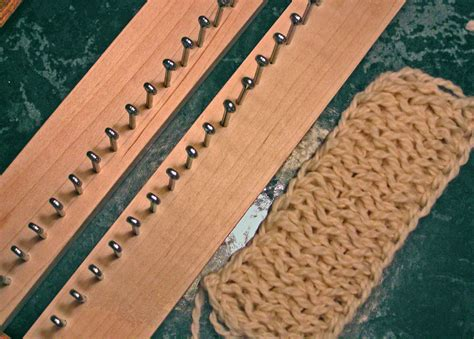 how to use a knitting board find out how to use a knitting board on the craftsy