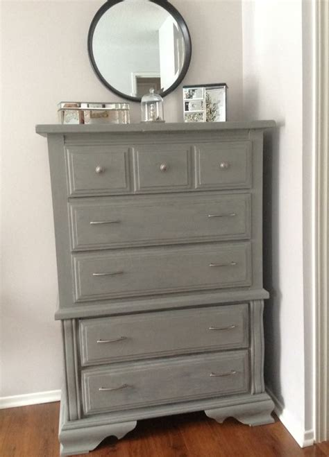 chalk paint grey ideas 25 best ideas about gray chalk paint on chalk