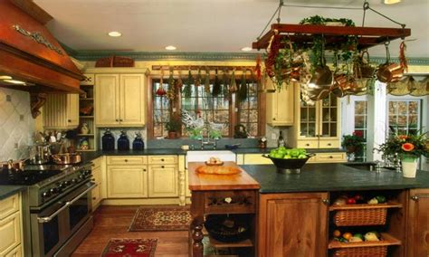 best 25 small country kitchens ideas on country kitchen ideas country kitchen ideas for small