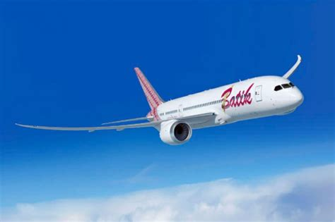 batik air air commits to buying boeing 787 dreamliners for new