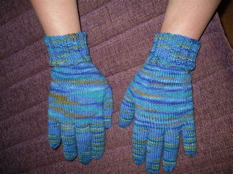 mitten knitting pattern for beginners free knitting mittens and knitting on
