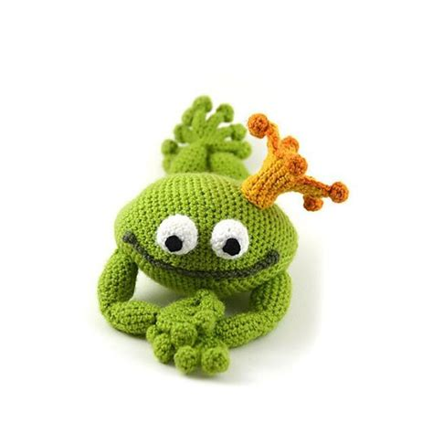 frog knitting pattern free handsome frog prince tale theme frog