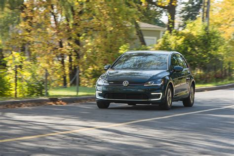 here s why the 2018 volkswagen e golf is the best ev you