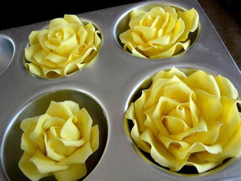 roses tutorial free edible tutorial mcgreevy cakes