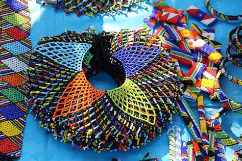 arts and crafts file beadwork wire and crafts 27 jpg wikimedia commons