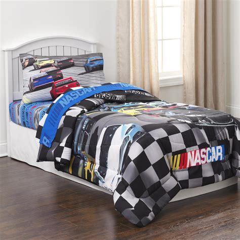 nascar bedding totally totally bedrooms