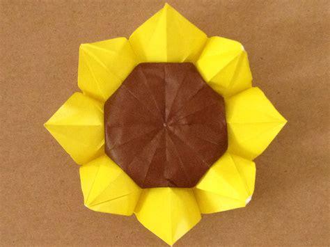 3d origami sunflower 折り紙で立体的なヒマワリを作ってみた 解説あり origami sunflower 3d doovi