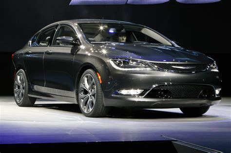 Chrysler 200 Price Range by 2015 Chrysler 200 In Detroit Front Side View On Stage Photo 11