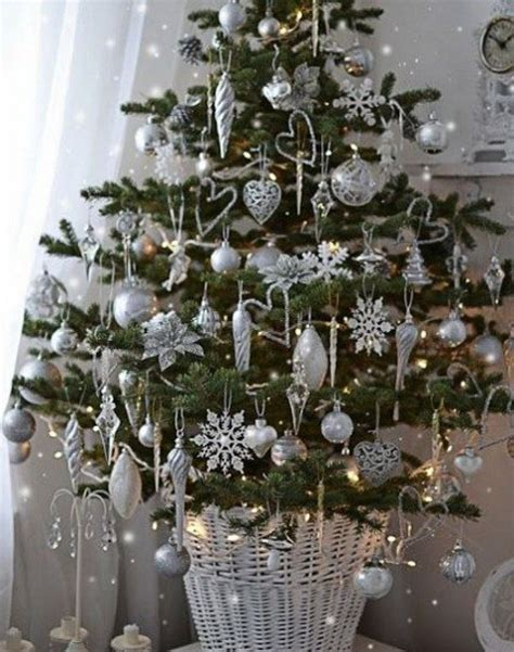 small silver tree 52 small tree decor ideas comfydwelling