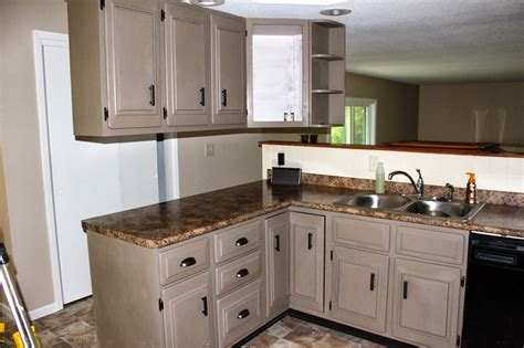 painting ideas for kitchen cabinets chalk paint cabinets ideas