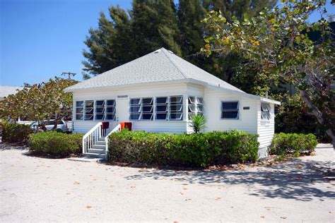 sanibel island cottages on the sanibel island cottages your gulf coast home come