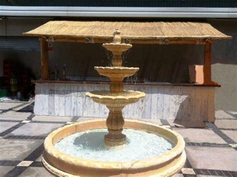 modelos de fuentes para jardin fuentes de jard 237 n el adorno perfecto piedra artificial
