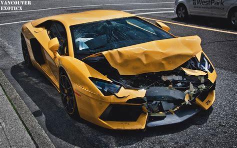 Lamborghini Aventador Crashes in Vancouver   GTspirit