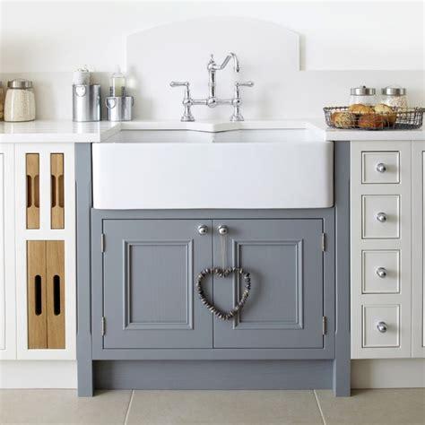 small ceramic kitchen sink best 25 ceramic kitchen sinks ideas only on