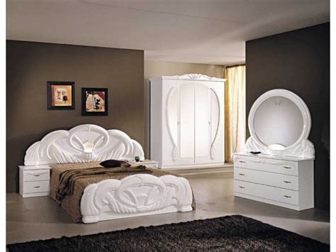 white high gloss bedroom furniture sets italian white high gloss bedroom furniture set homegenies