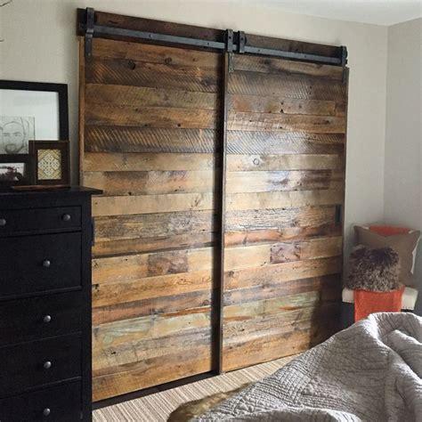 bypass closet door track 25 best ideas about sliding closet doors on