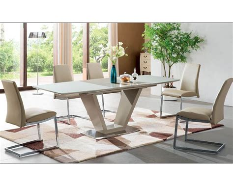 New Style Dining Room Sets by Dining Room Set In Modern Style 33 2135set