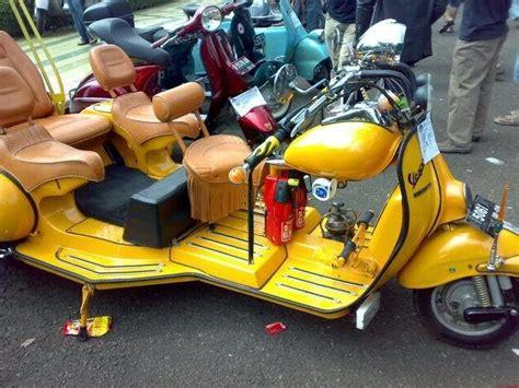 Modifikasi Motor Vespa Indonesia by Foto Modifikasi Vespa Gembel Keren Unik Nyentrik Variasi