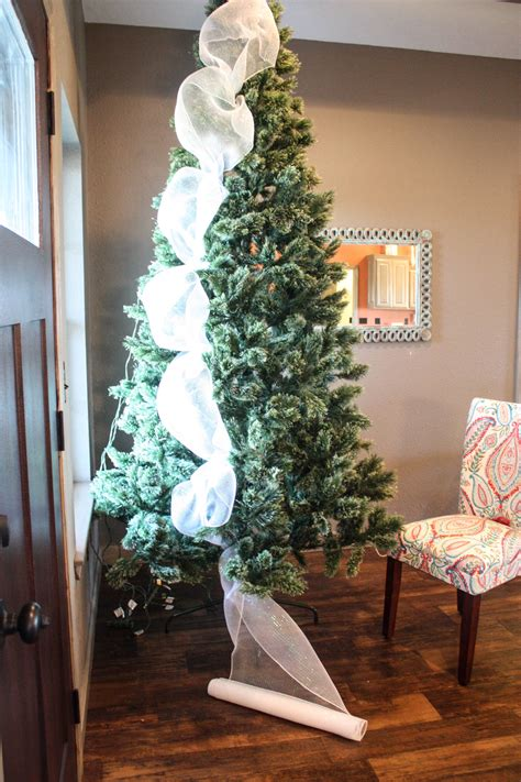 how to decorate a tree cheap how to decorate a tree from start to finish the