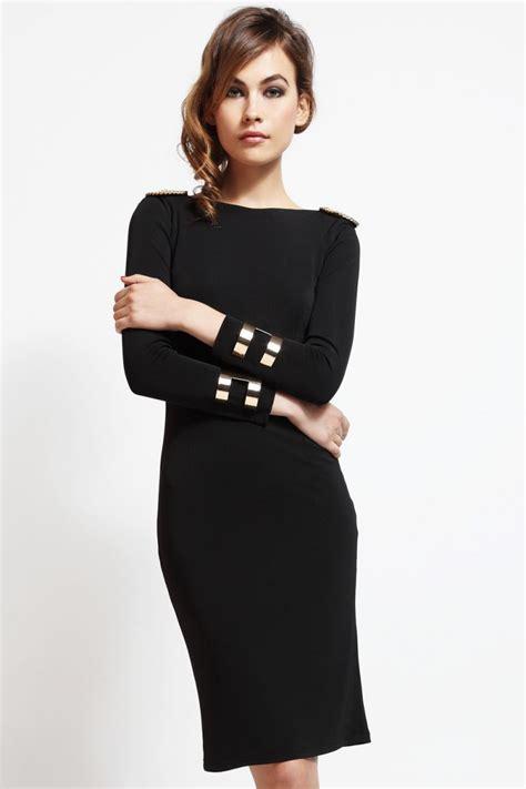 vestidos cortos negro vestido corto de fiesta negro con escote en espalda con cadena