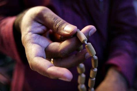 mala mantra meditation how to chant japa mantra meditation iskcon desire tree