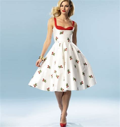 Nature Inspired Home Decor 1950s inspired plus size pin up style summer dress sewing