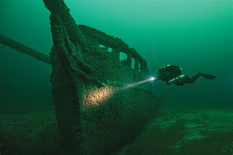 shipwreck location wisconsin is trying to turn lake michigan shipwrecks into
