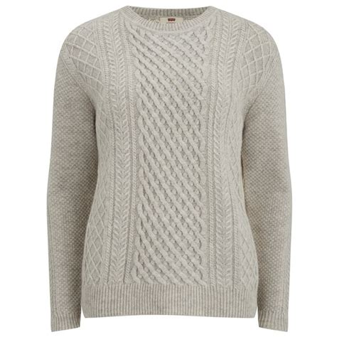 how to knit a jumper levi s s classic cable knitted jumper icy