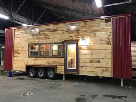 modern and rustic 320sf tiny house by incredible tiny