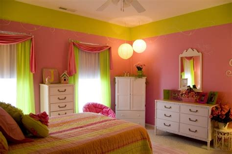 Home Interior Paint Schemes color combination for light pink wall pink white bedroom