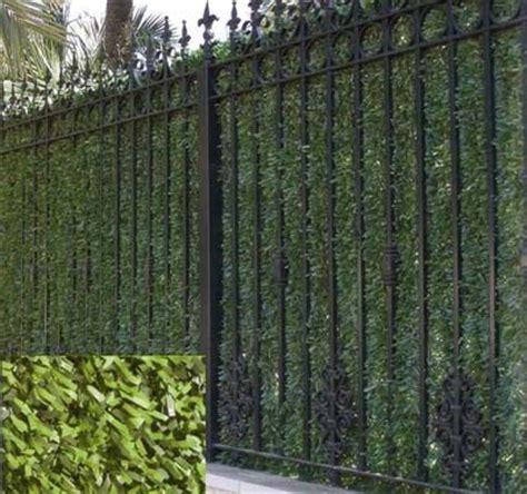 decorar jardines con rejas tipos de cerramientos para balcones terrazas y jardines