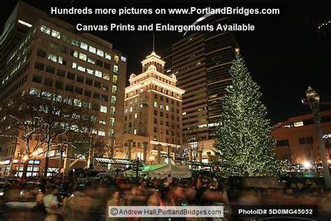 pioneer square tree lighting portland decoration news