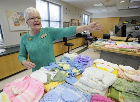 knitting instructor arlington heights knitting class helps mothers in need